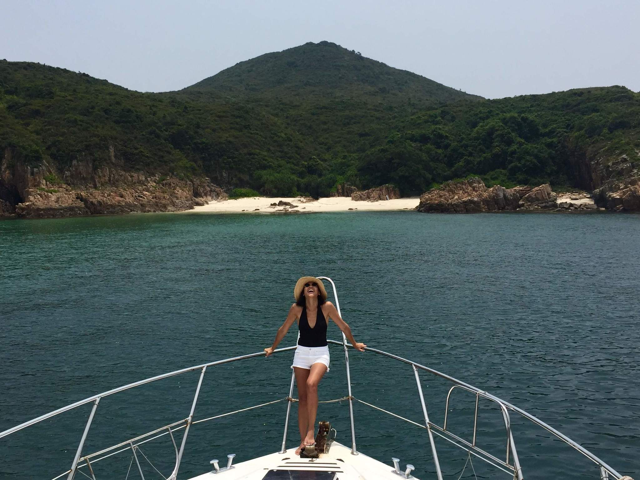What to wear to a junk boat in Hong Kong