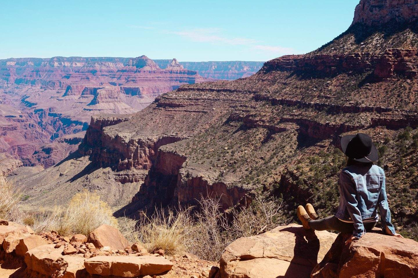 Hiking Bright Angel Trail in Grand Canyon 5